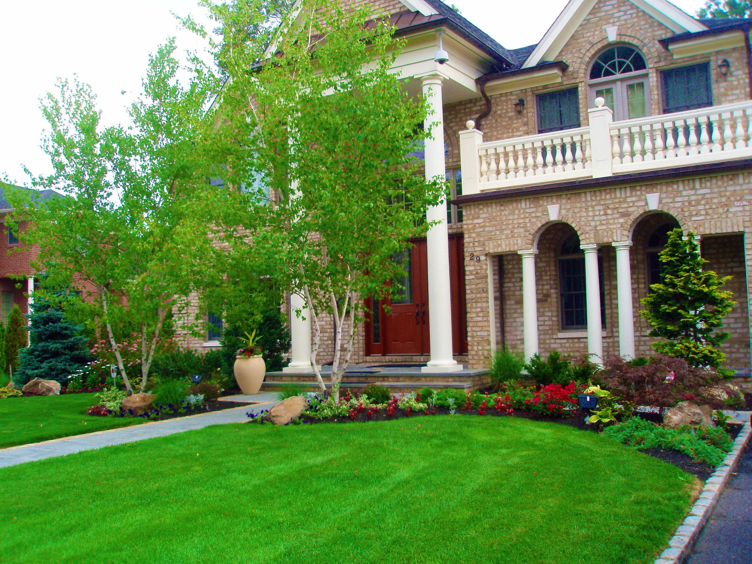 Image of: Home Landscaping Ideas Front Yard