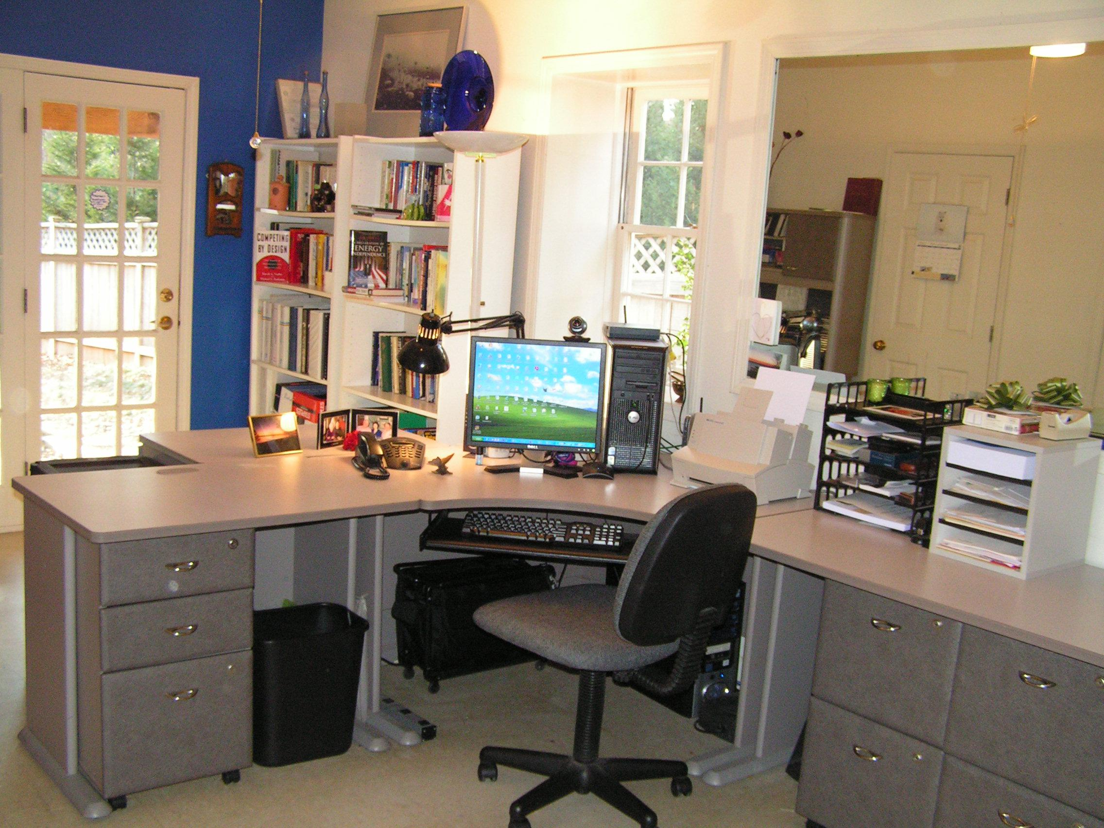 Image of: Home Offices With Two Desks