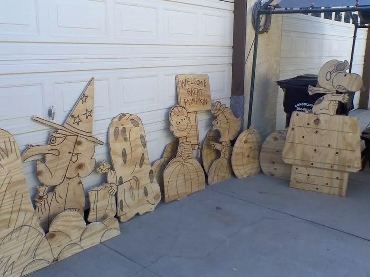 Image of: Homemade Wooden Yard Decorations