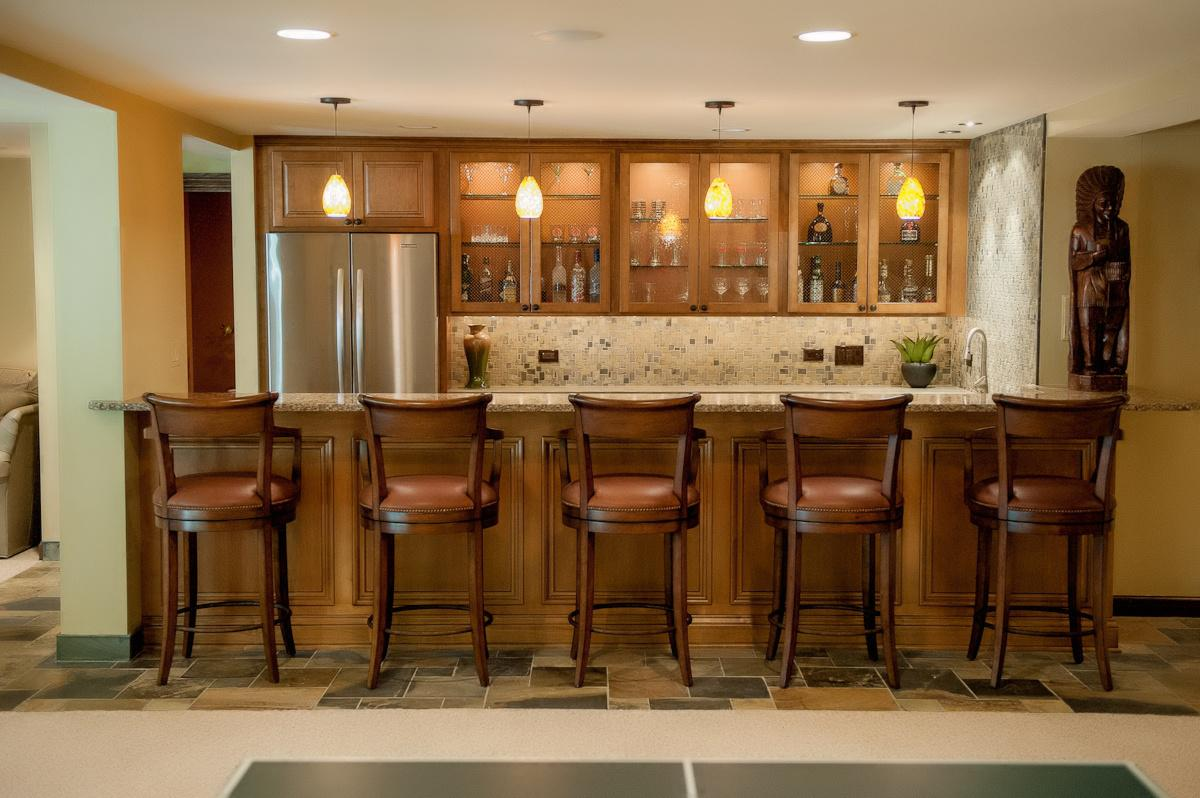 Image of: How To Decorate A Bar At Home