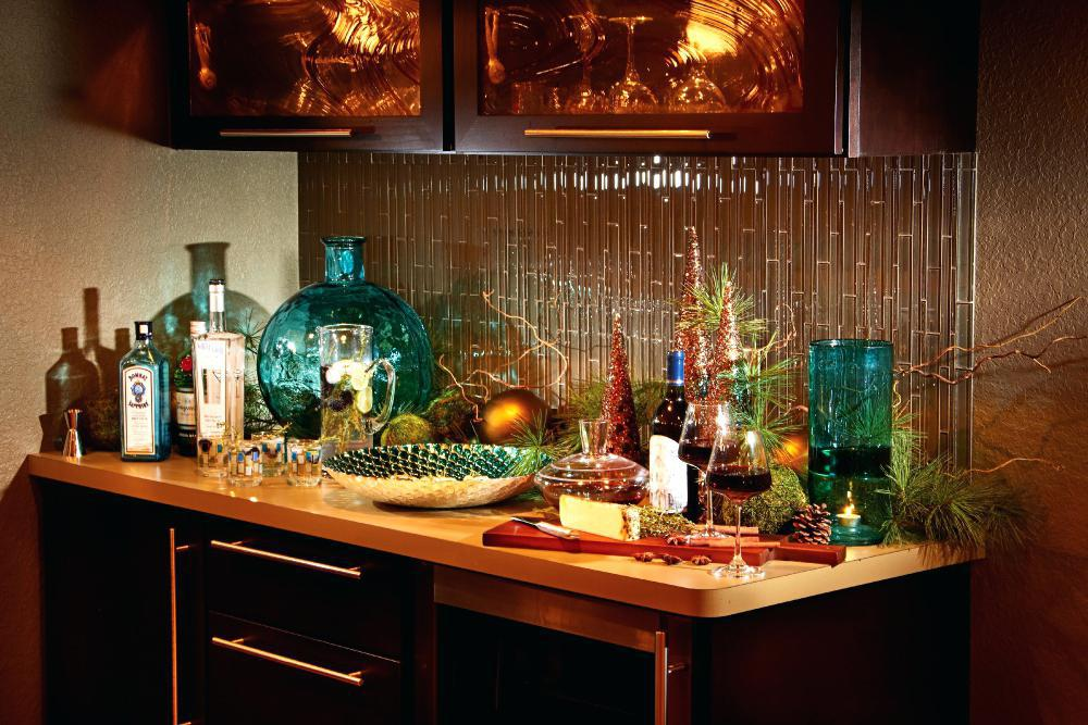 Image of: How To Decorate A Bar Cabinet