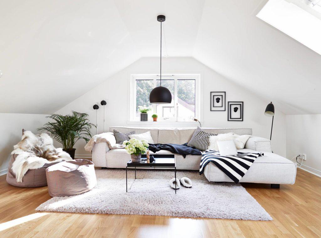 Image of: How To Decorate An Attic Bedroom