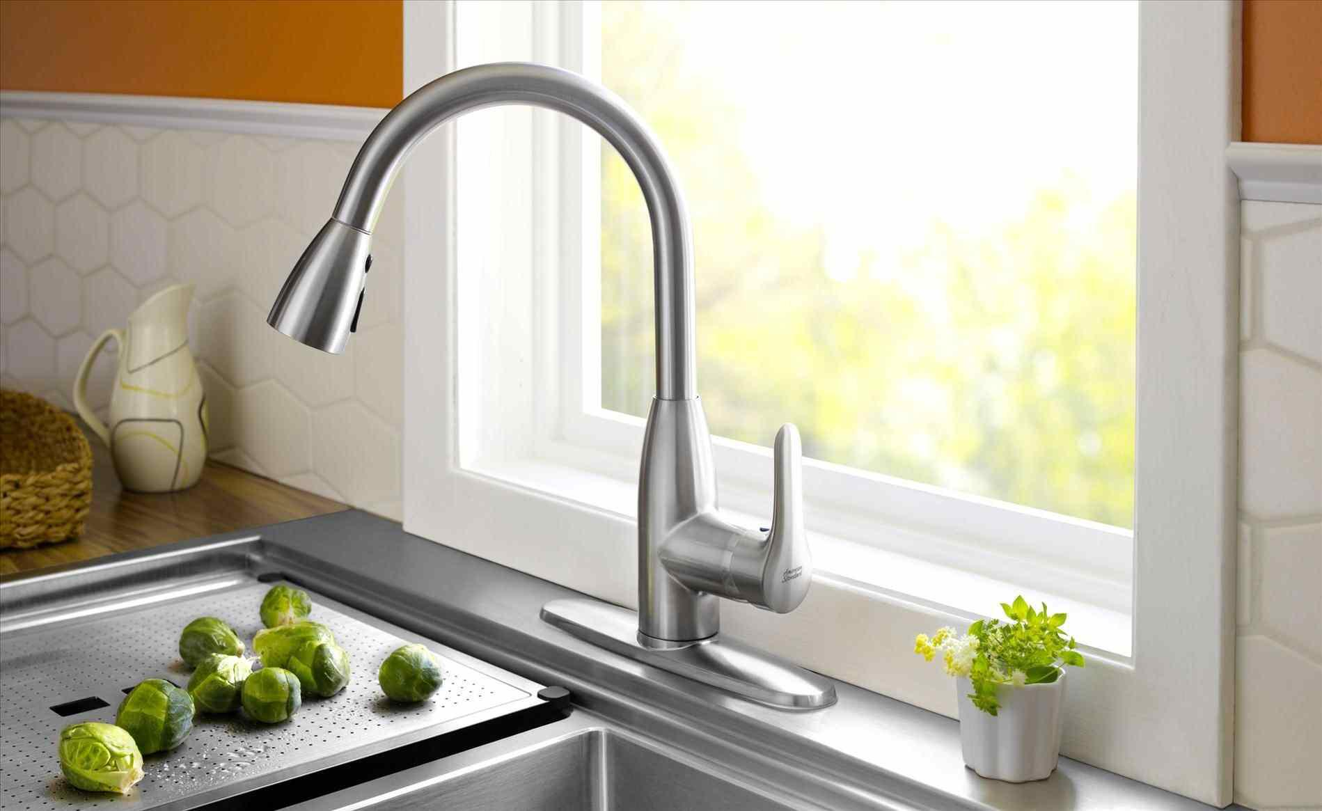 Image of: Kitchen Faucets Lowes