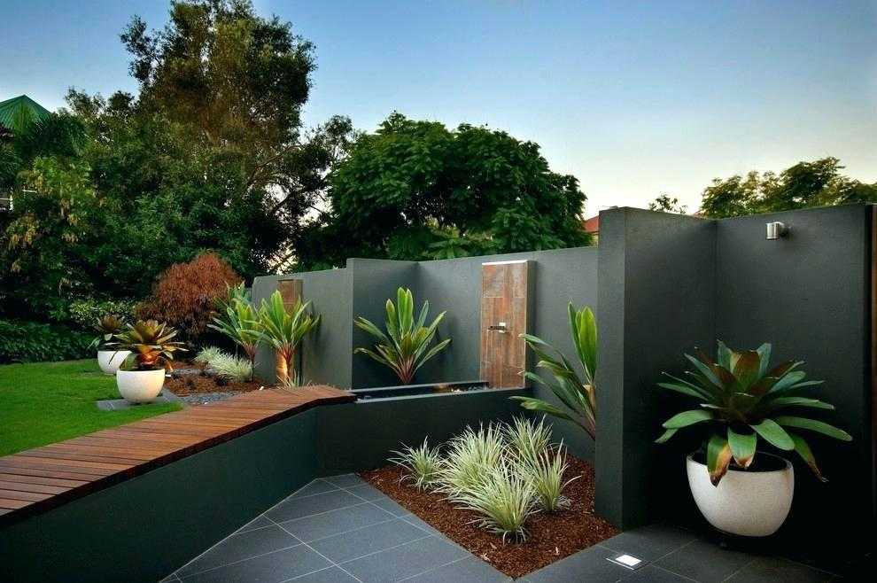 Image of: Landscape Design With Potted Plants