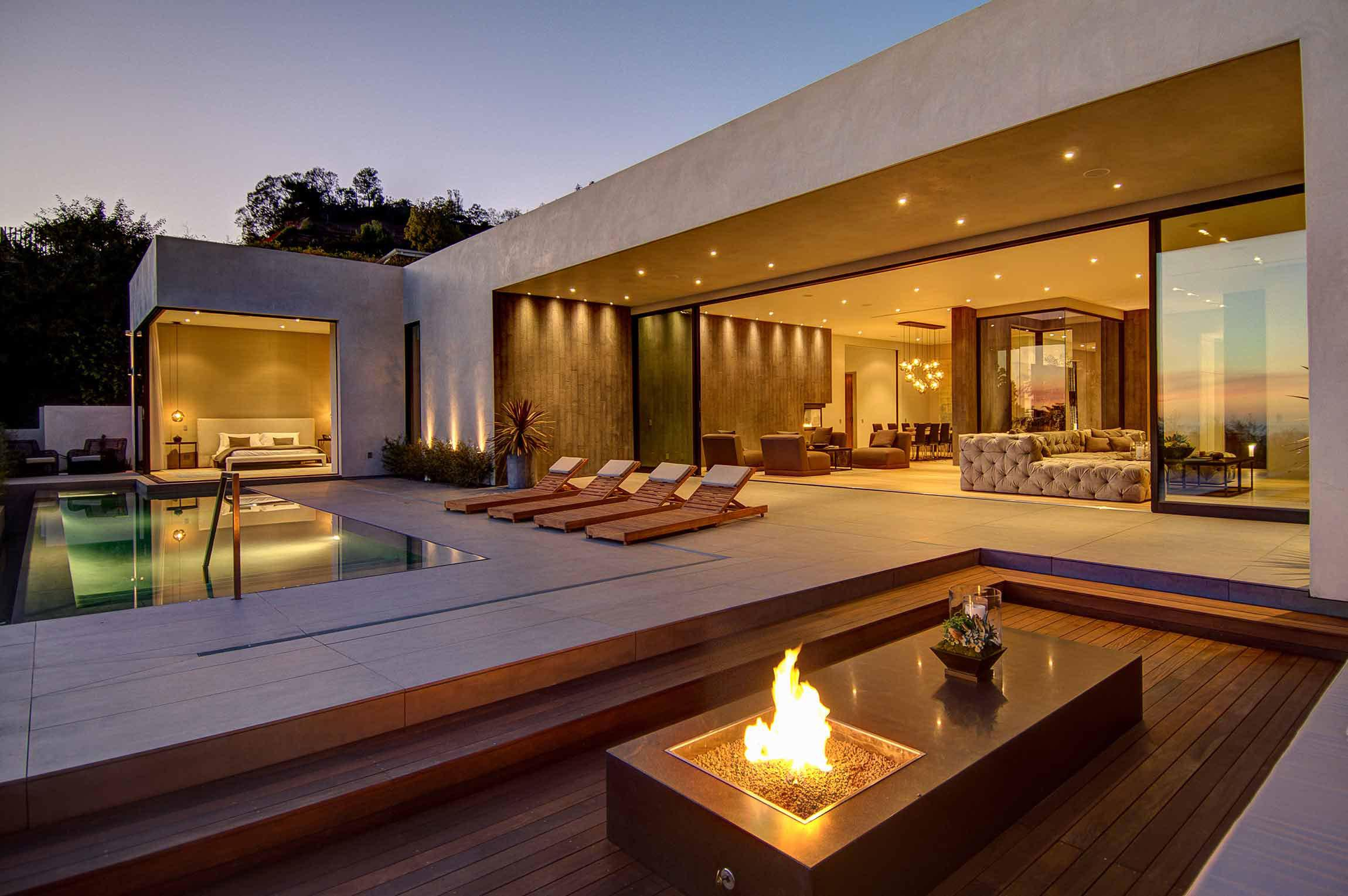 Image of: Luxury Modern Homes