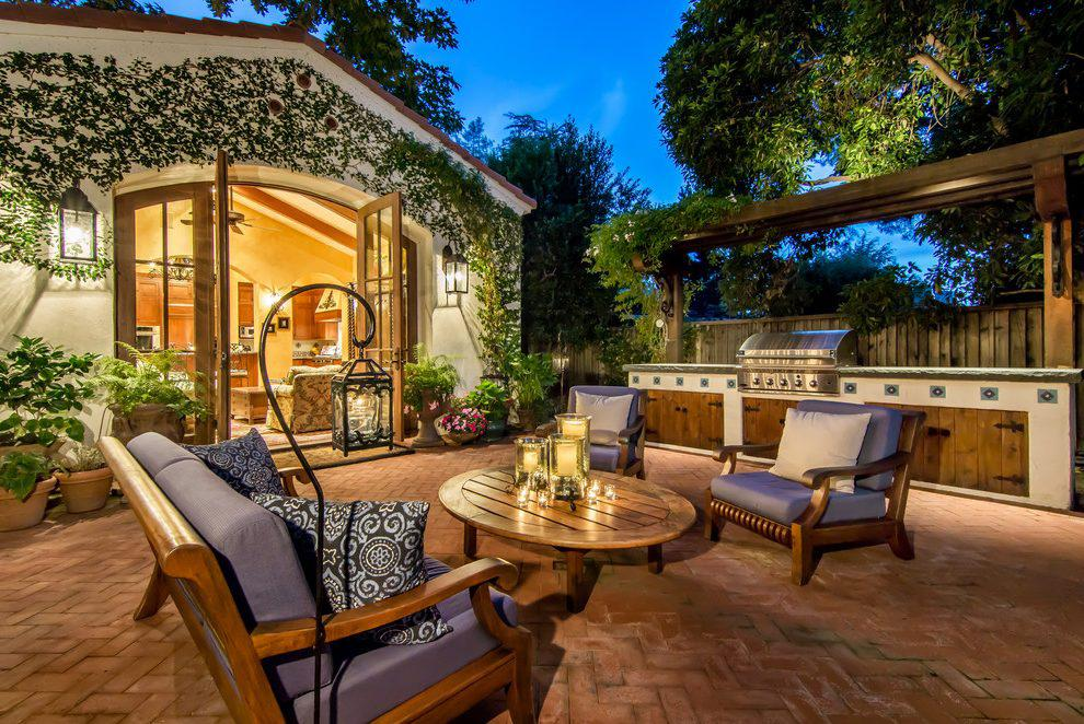 Image of: Awesome Mediterranean Patio Ideas