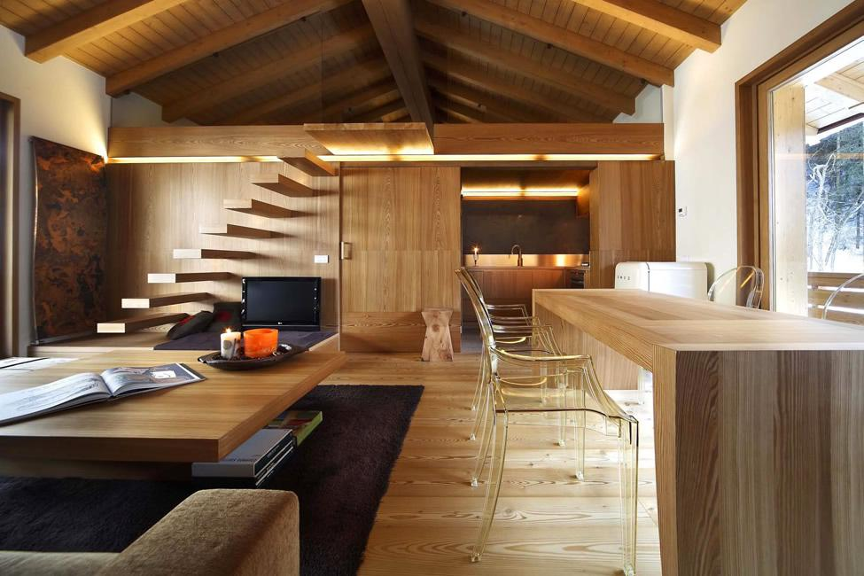 Image of: Modern Wooden House Interior