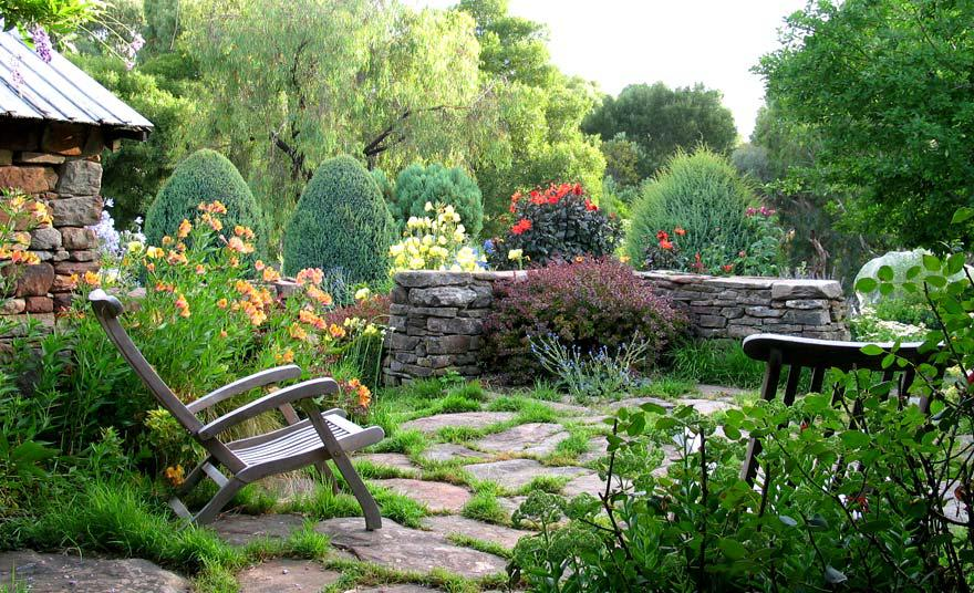 Image of: Natural Garden Landscape Design & Build