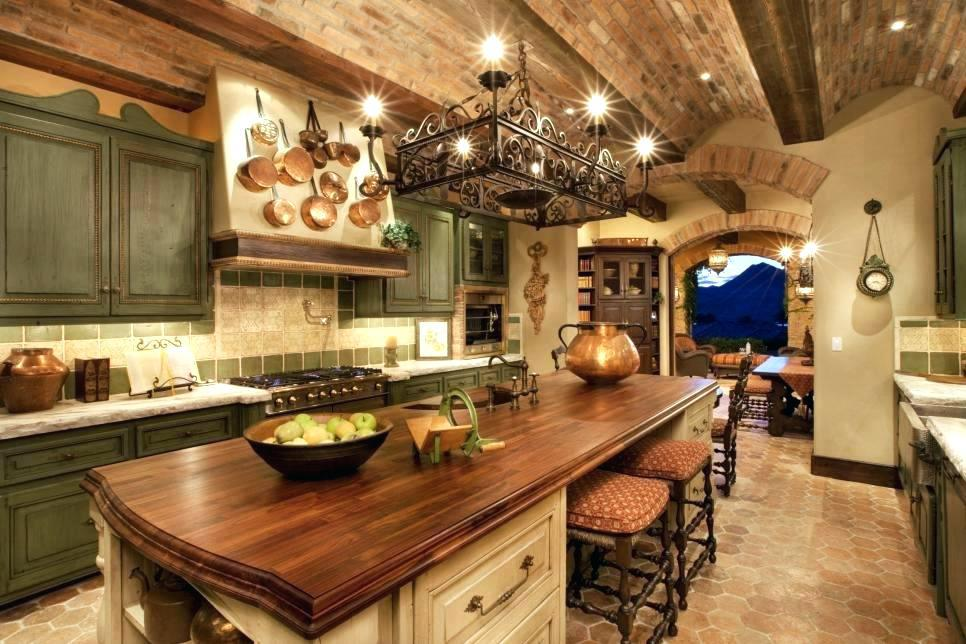 Image of: Old World Kitchen Decorating Ideas