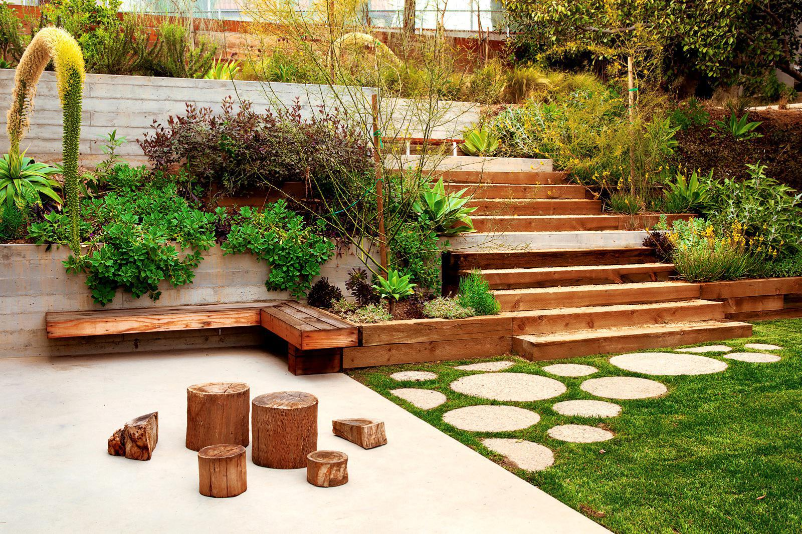 Image of: Awesome Outdoor Garden Design