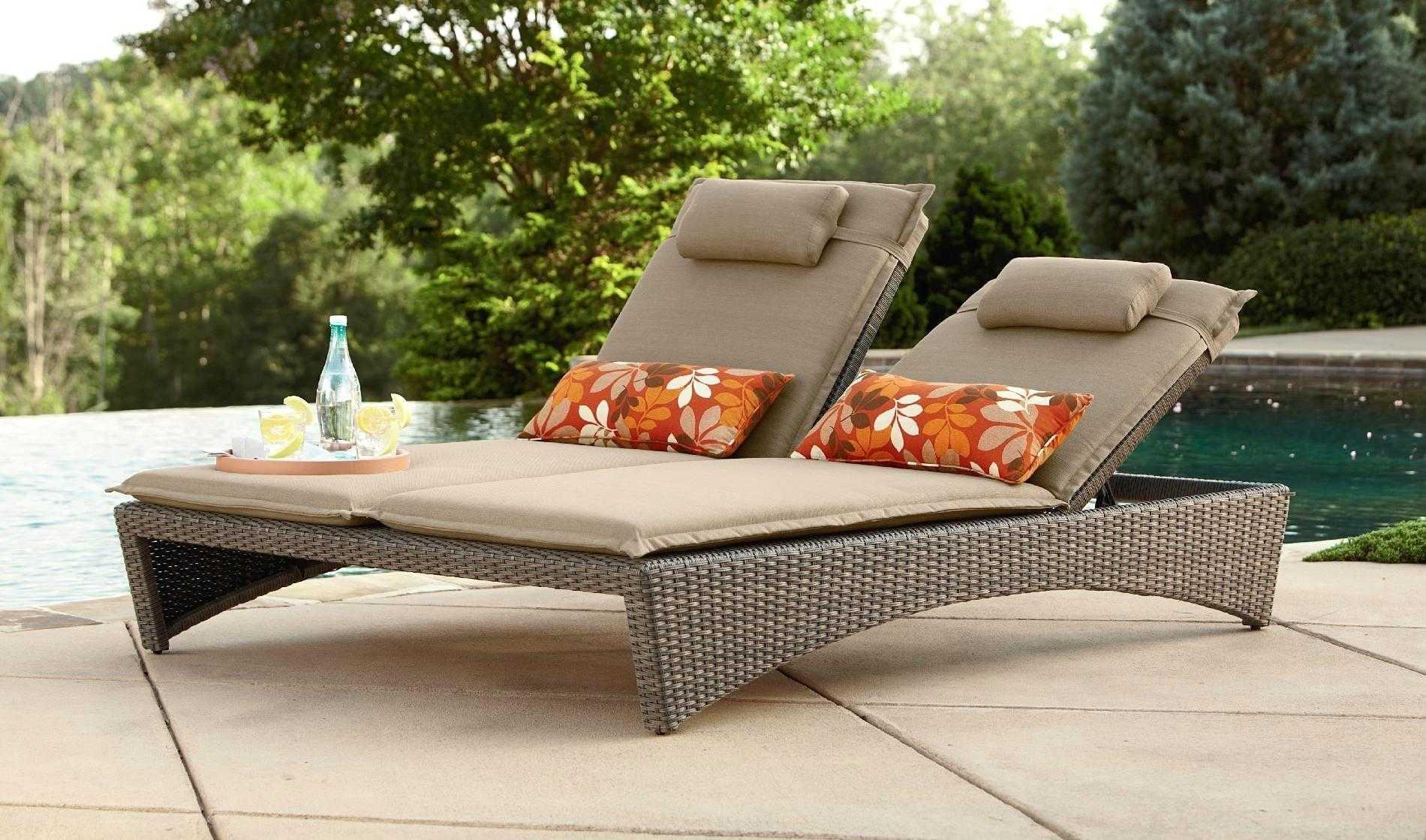Image of: Outdoor Lounge Chairs Target