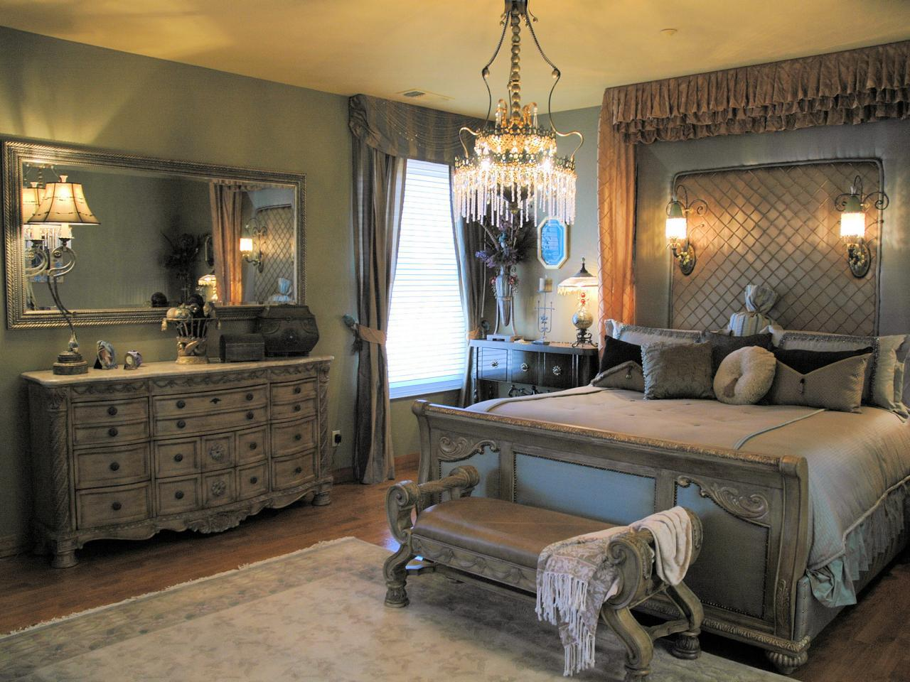 Image of: Romantic Grey Bedroom Ideas