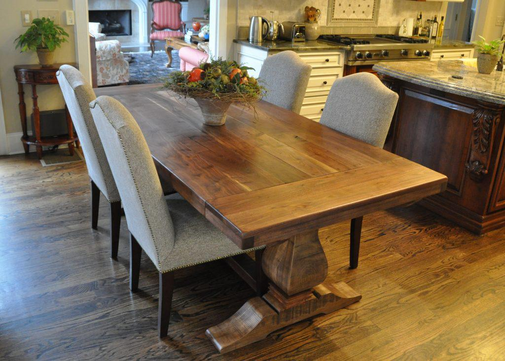 Image of: Rustic Dining Room Table Ideas