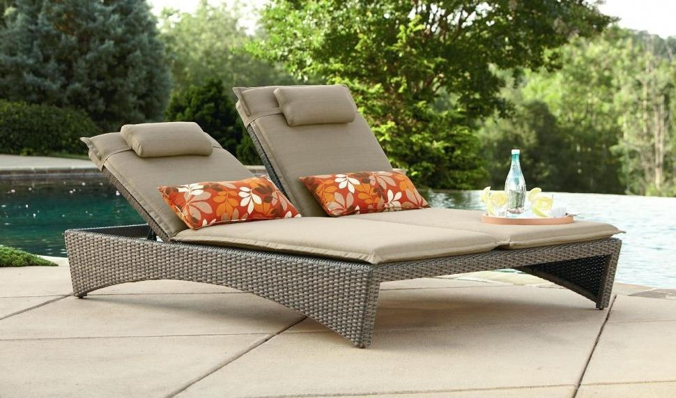 Image of: Simple Outdoor Lounge Chair Plans