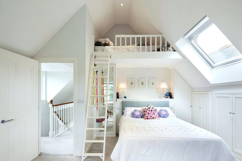 Image of: Small Attic Bedroom Decorating Ideas