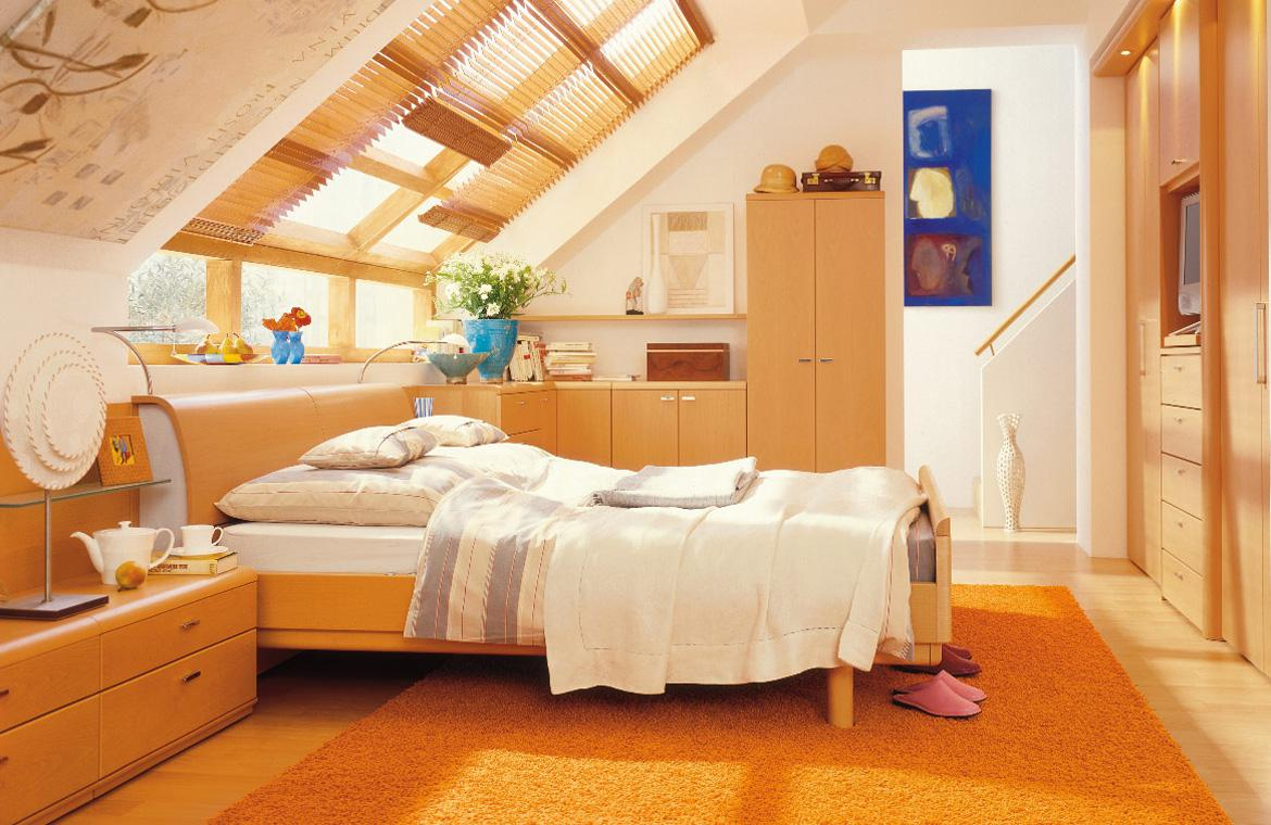 Image of: Small Attic Master Bedroom Ideas