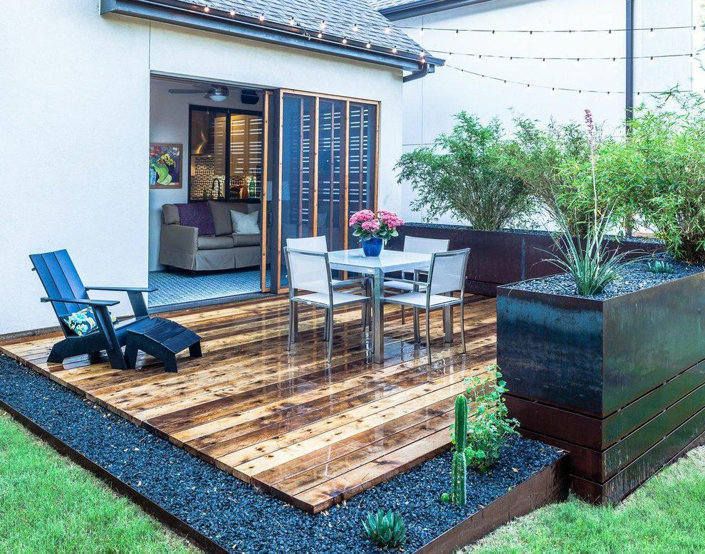 Image of: Small Backyard Deck Ideas