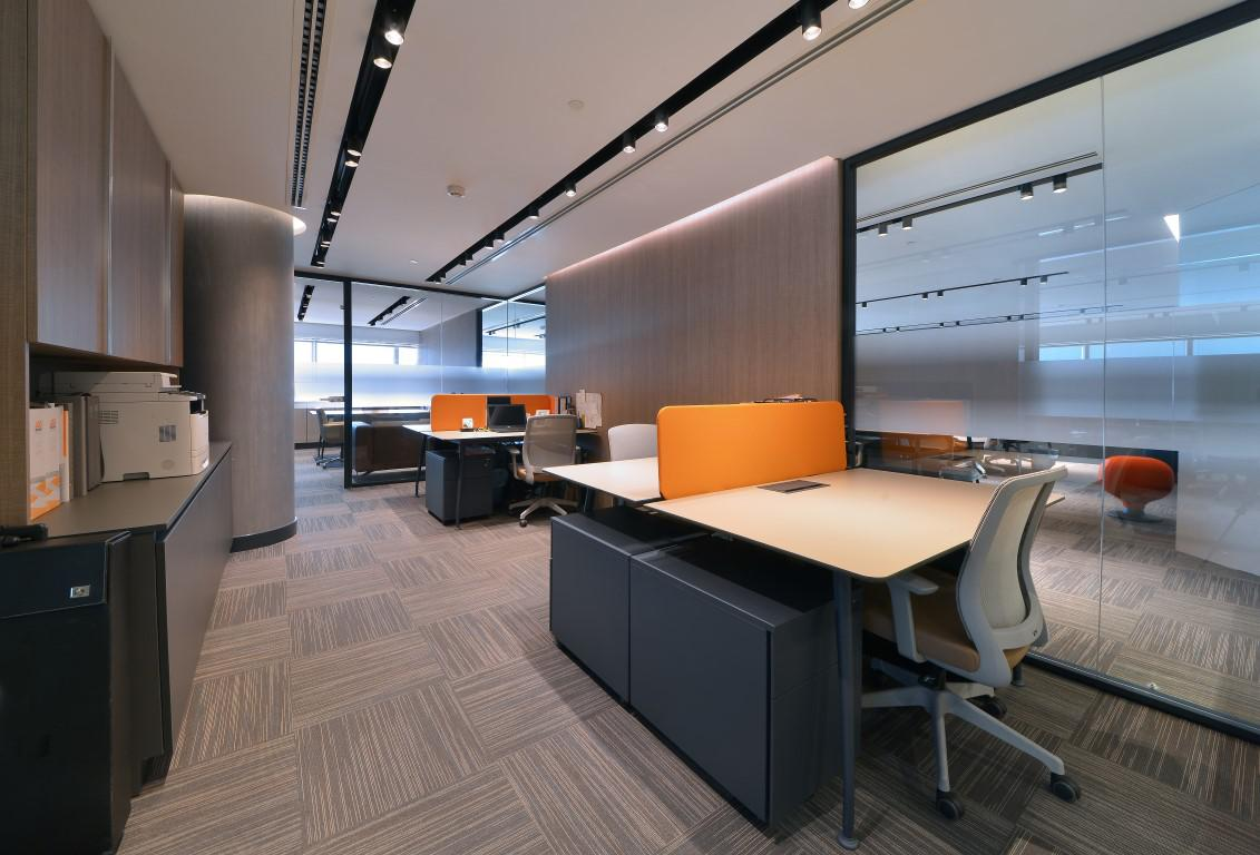 Image of: Small Office Interior Design Concepts