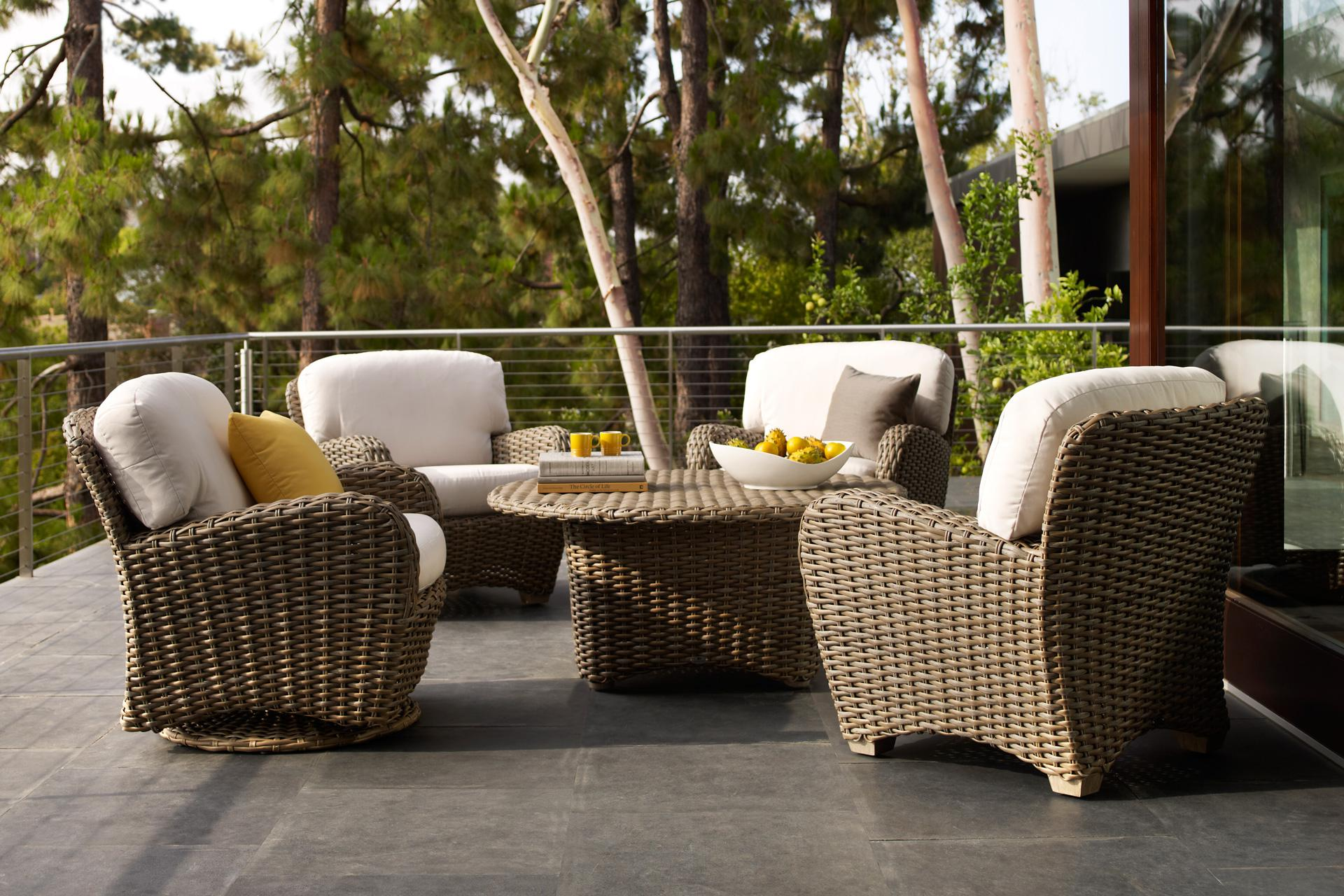 Image of: Stylish Outdoor Furniture