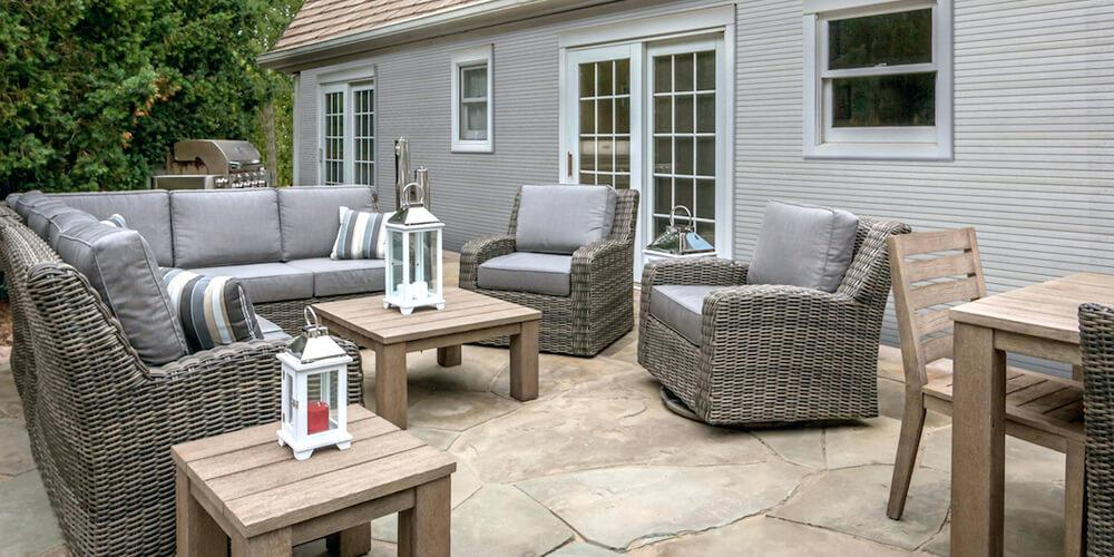Image of: Stylish Outdoor Sofas