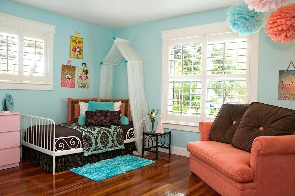 Image of: Turquoise And Brown Bedroom Decorating Ideas