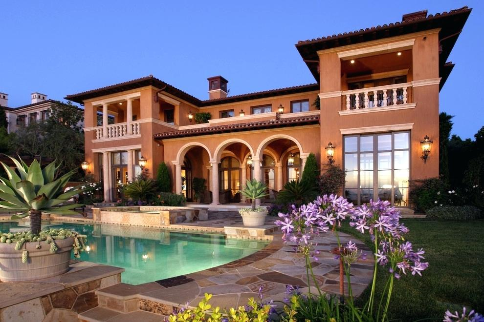 Image of: Tuscan Style Homes Images