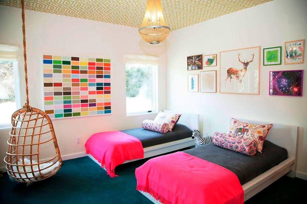Image of: Twin Girl Bedrooms Ideas