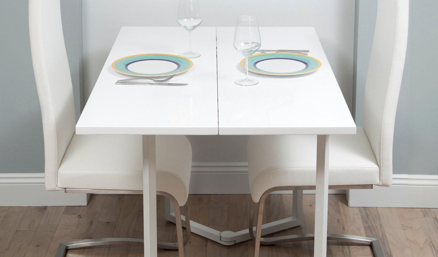 Image of: Wall Mounted Dining Table With Chairs
