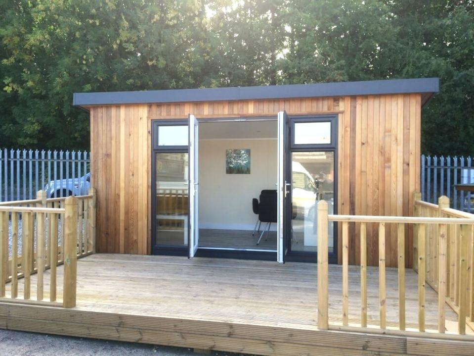 Image of: Wood Summer House Plans