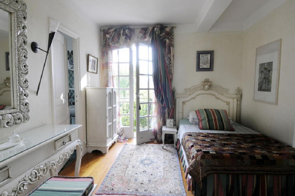 Image of: french country homes interiors
