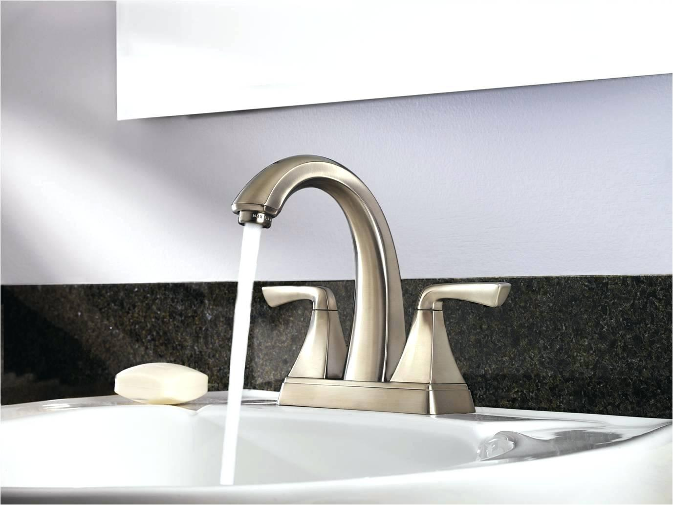 Image of: Bathroom Faucets Gold