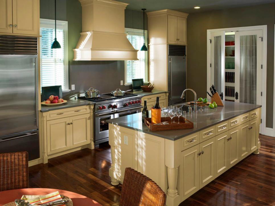 Image of: Best Ideas For Corner Kitchen Cabinets