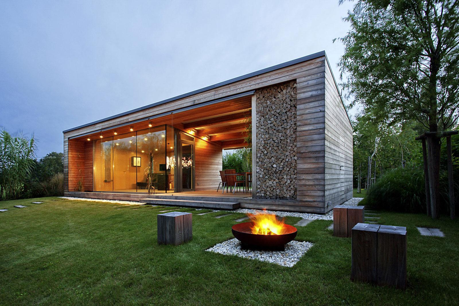 Image of: Best Wooden House Design