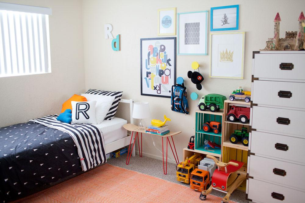 Image of: Boy Room Ideas On A Budget