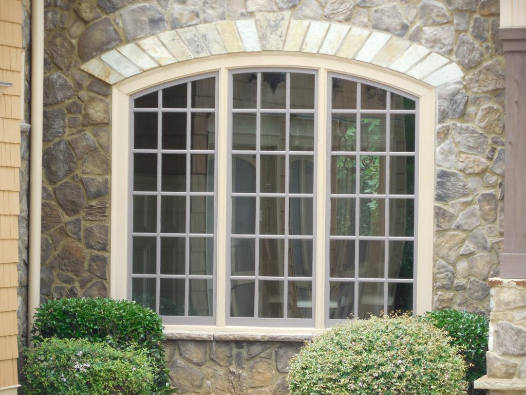 Image of: Contemporary House Window Designs