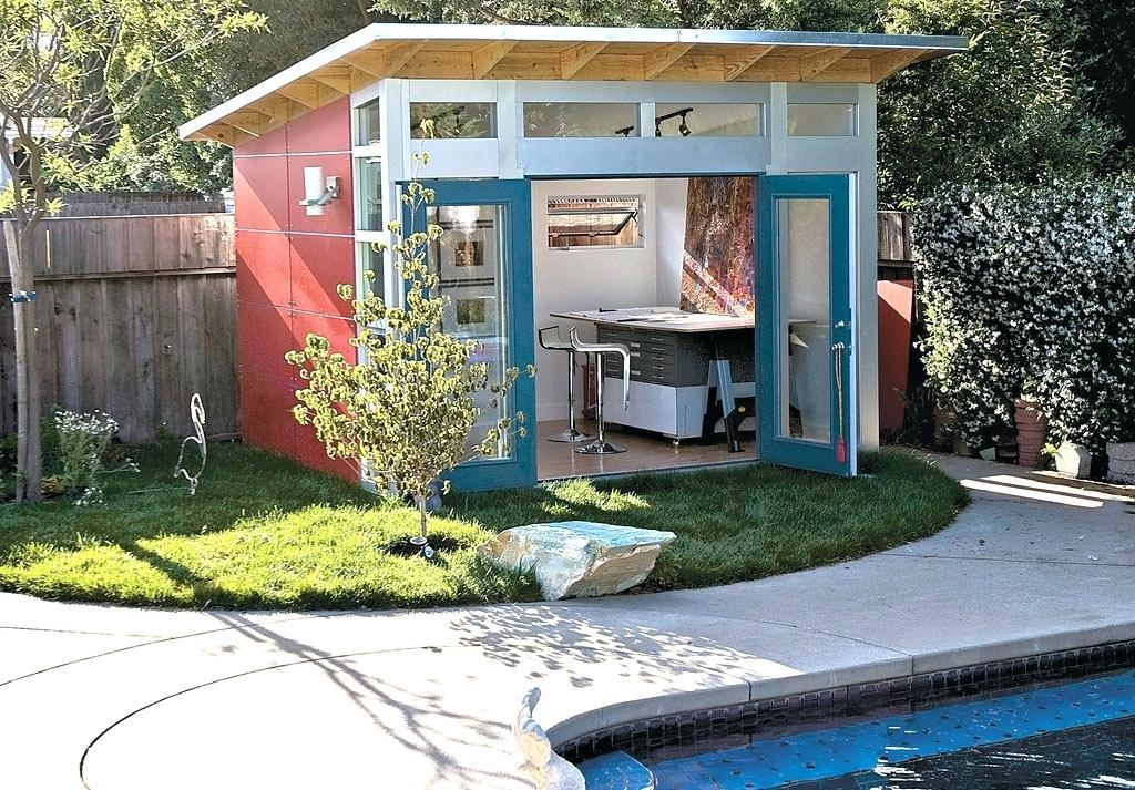 Image of: Cool Backyard Sheds Design