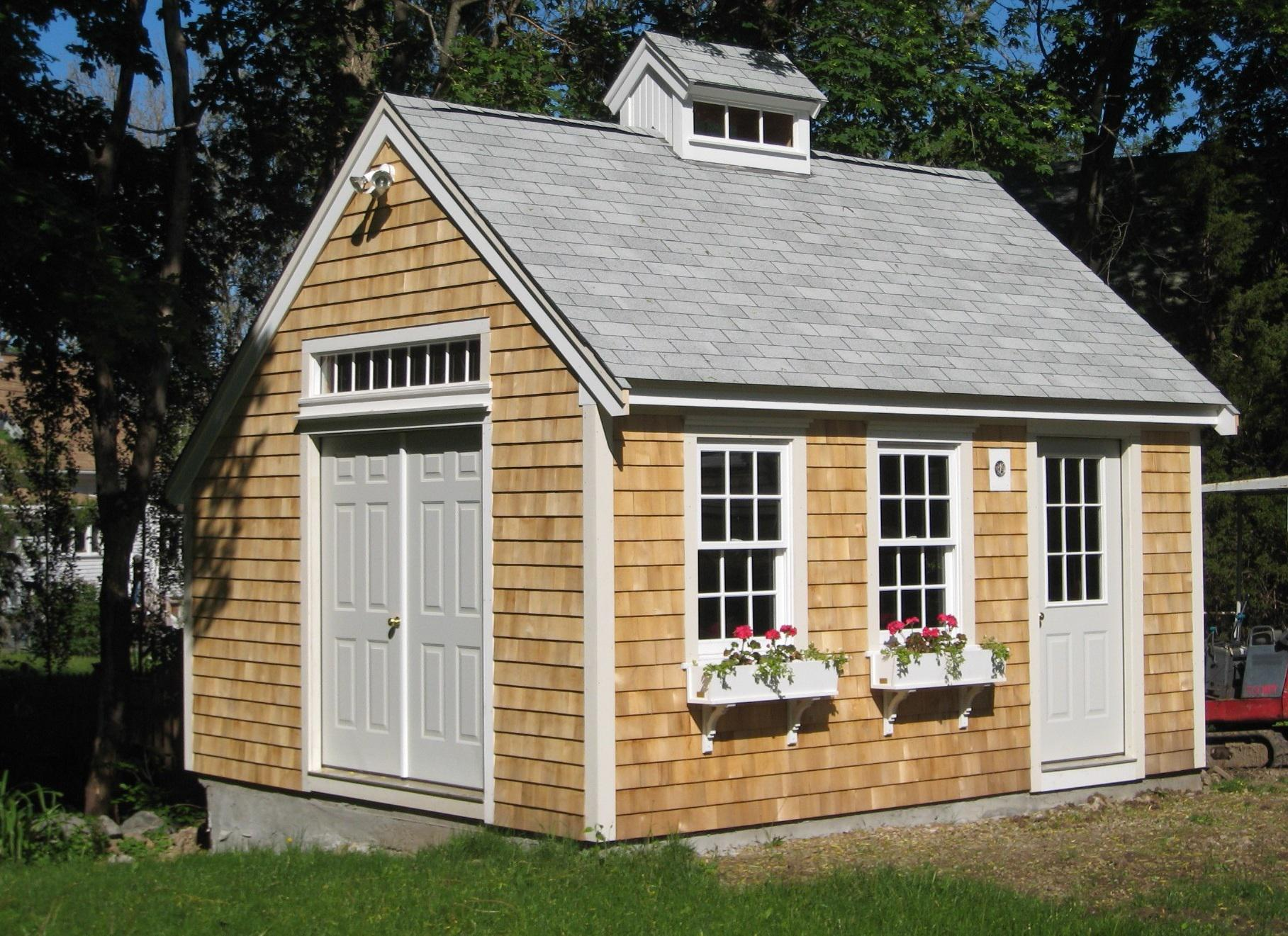 Image of: Cool Backyard Sheds Ideas