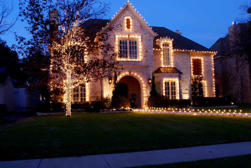 Image of: Exterior House Lighting Modern