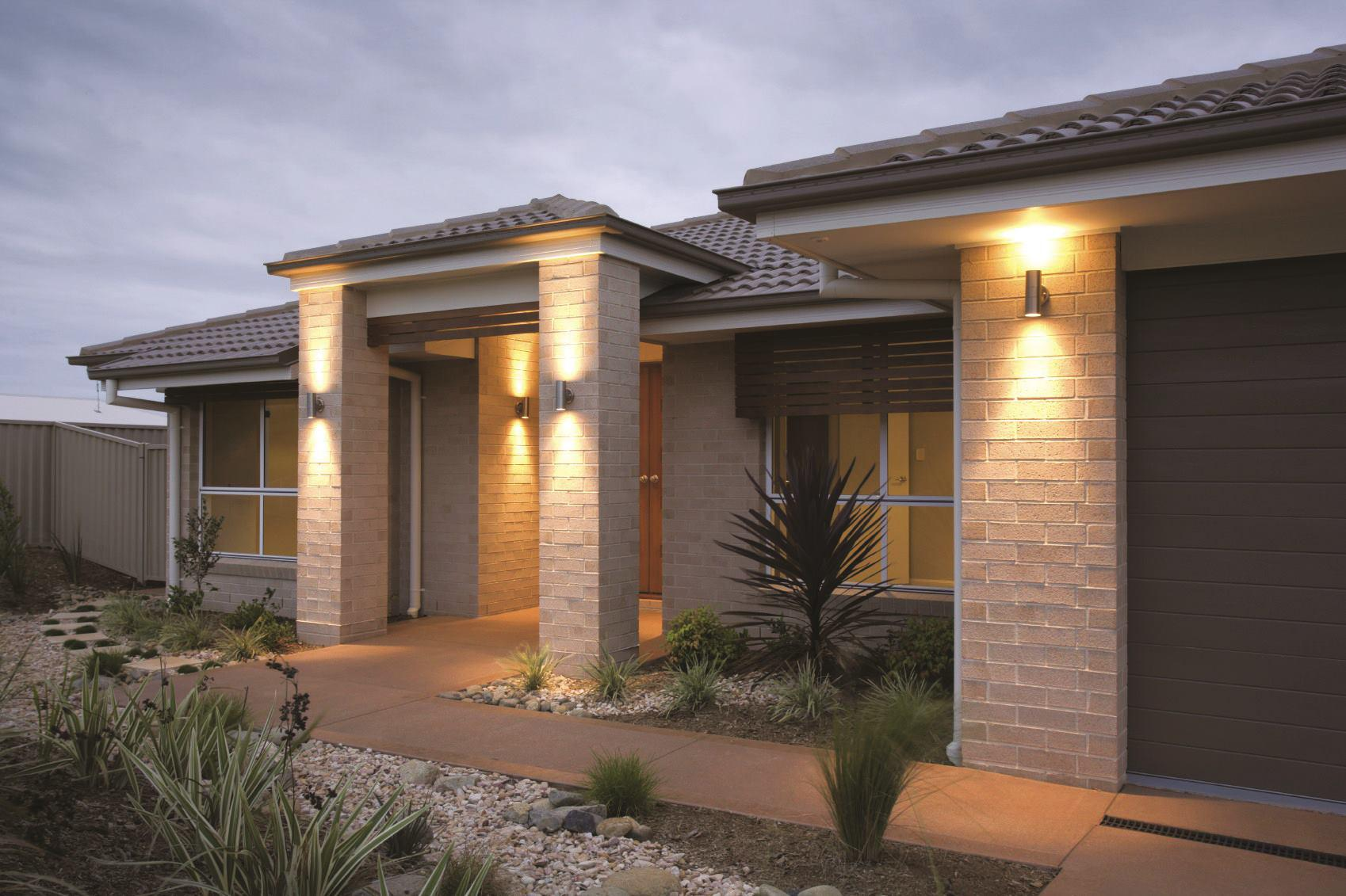 Image of: Exterior House Lighting