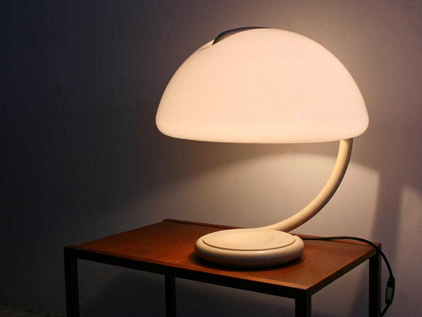 Image of: Hongkong Tavolo Lamps Ideas