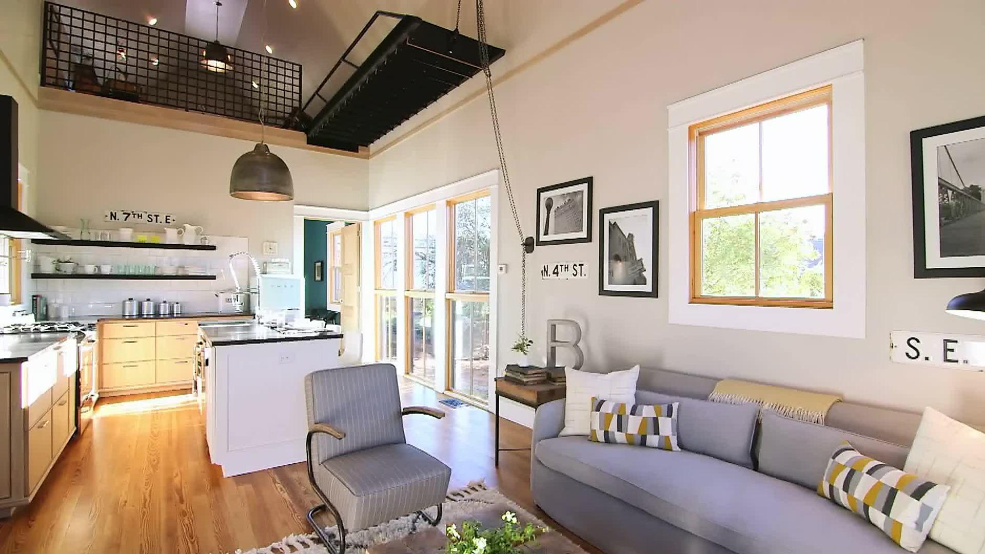 Image of: Interior Decor For Small Houses