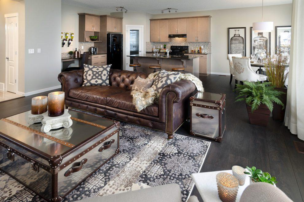 Image of: Living Room With Brown Leather Furniture