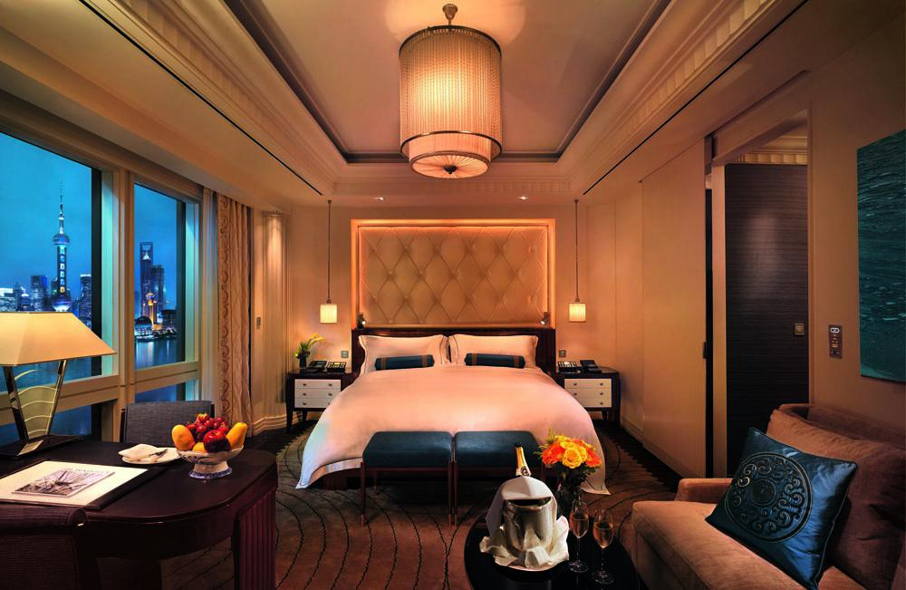 Image of: Luxury Hotel Rooms Images