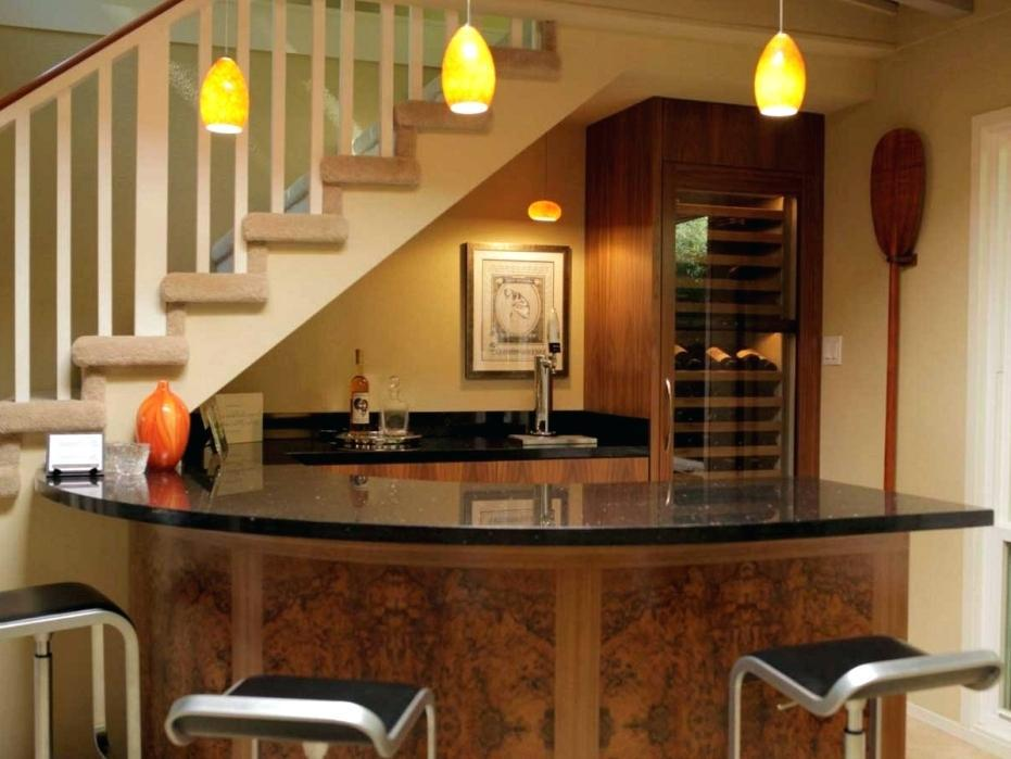 Image of: Mini Bar Under Staircase