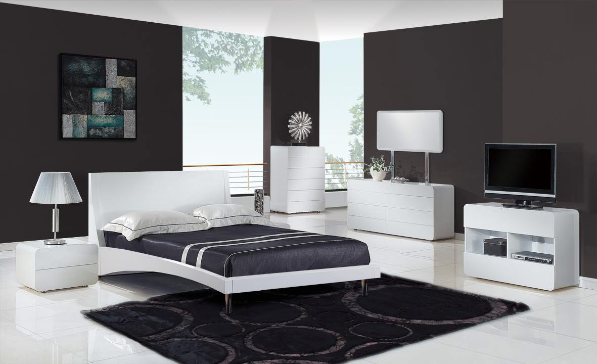 Image of: Modern Bedroom Furniture Near Me