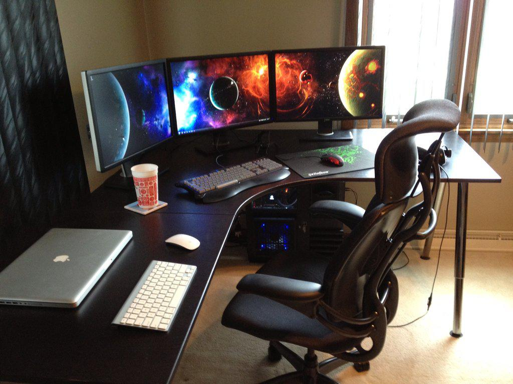 Image of: Small Computer Room Ideas