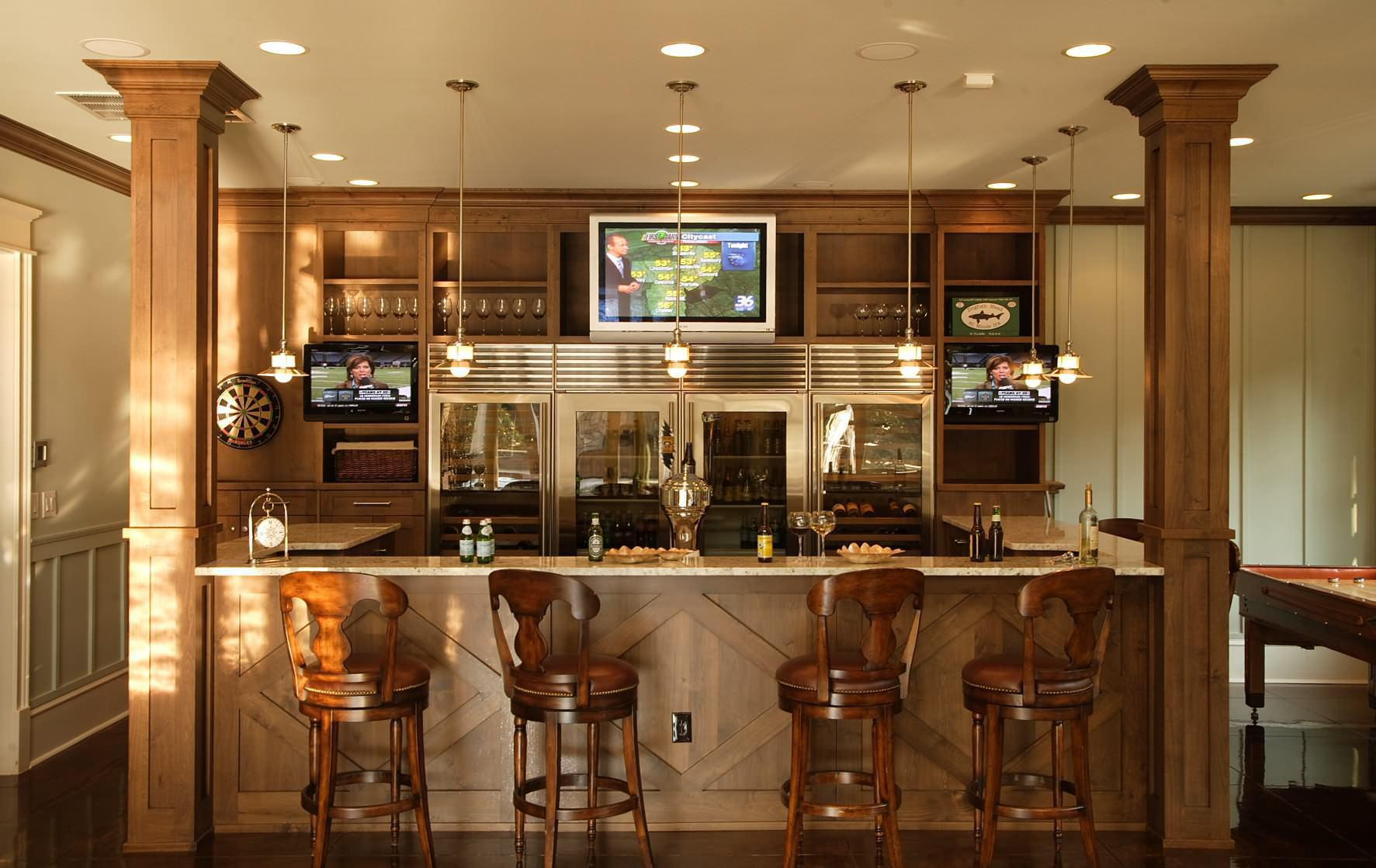 Image of: Small Home Bar Decorations