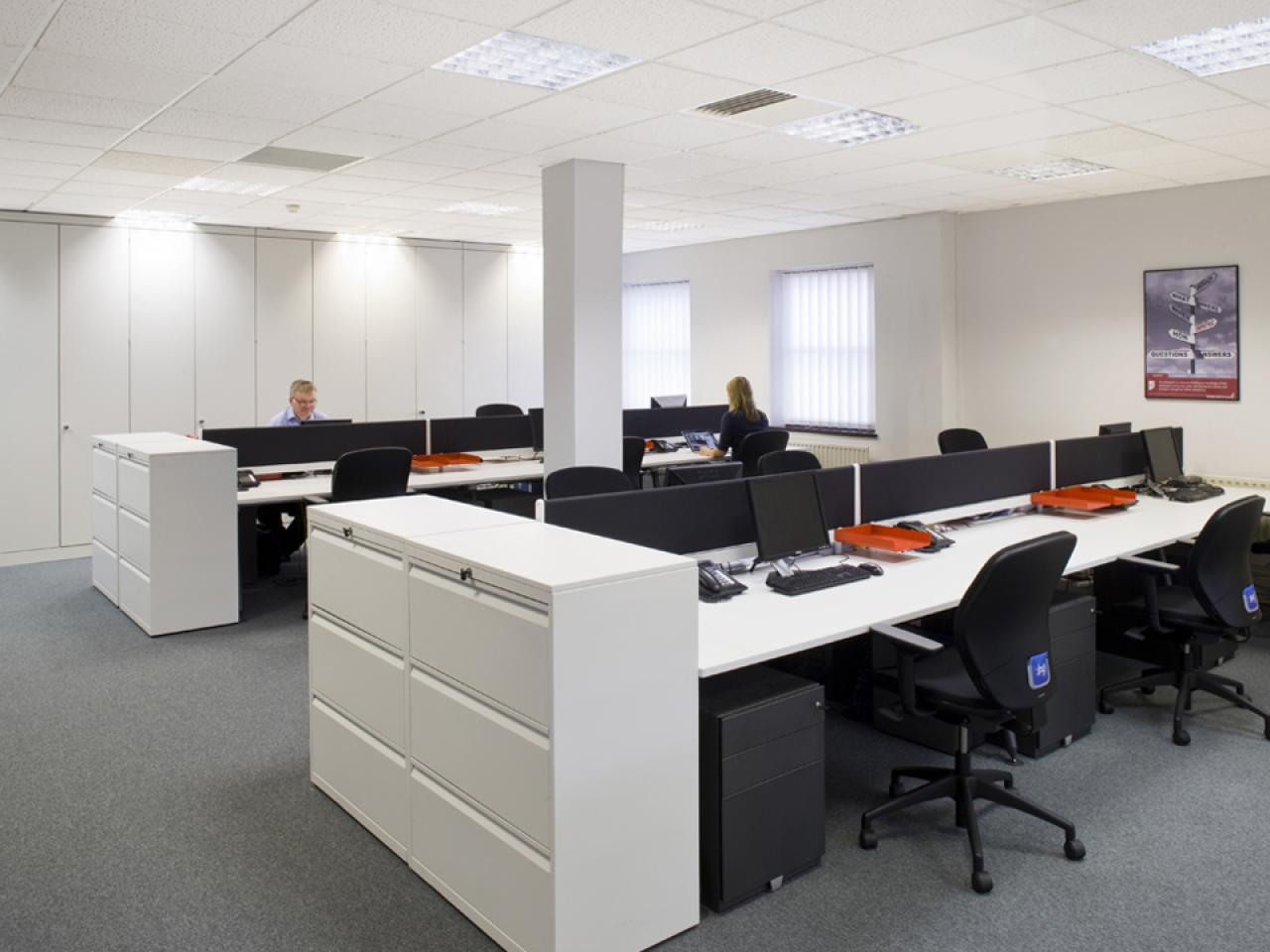 Image of: Small Office Designs And Layout