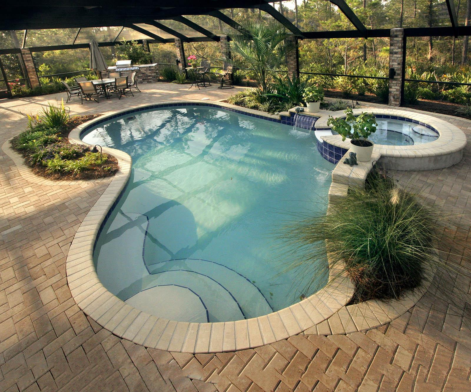 Image of: Small Swimming Pool Designs
