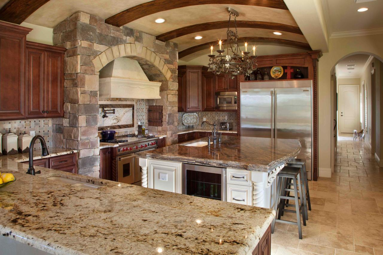 Image of: Tuscan Kitchen Design Pictures